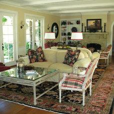 Traditional Living Room by Borden Interiors & Associates