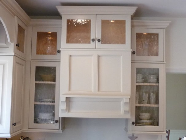 Traditional Kitchen Cabinetry by Cabinet ReVisions of Lake Norman