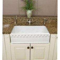 Kitchen Sinks Fireclay English 28.75-inch Farmhouse Kitchen Sink