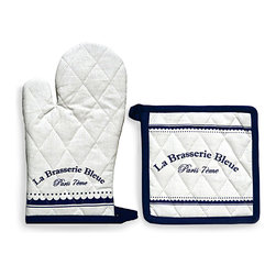 Brasserie Bleue - Oven Mitt and Pott Holder - A genteel beaded and scalloped design borders the text printed on the Brasserie Bleue Oven Mitt and Pot Holder, an essential set for the kitchen in bright white and deep blue. Notable European looks come with an air of neat, lively cleanliness in this quilted pair, which make an ideal basis for a gift or a charming detail for your casual entertaining space.