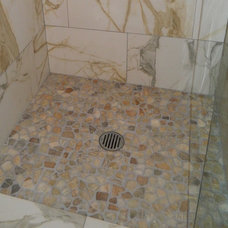 Traditional Showers by LauraZB Design