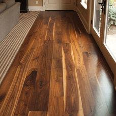 Rustic Hardwood Flooring by Plantation Reclaimed Inc.