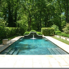 Traditional Pool Howard Design Studio