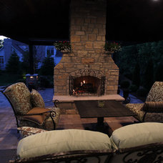 Traditional Patio by Midwest Block & Brick