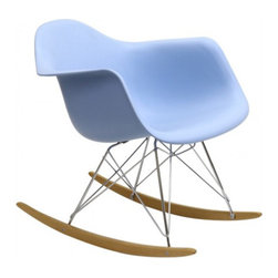 Eames Style RAR Rocking Chair in Blue - The Iconic Charles E. RAR Rocking Chair has a timeless appeal with the simplicity and functionality of its design structure. Initially created for the 'Low Cost Furniture Design' organised by the New York Museum of Modern Art, the impressive chair comprises a smooth one-piece seating shell and a contrasting base of the designer's emblematic entwined wire rods design. The chair complies with all essentials for comfort, providing a relaxing rocking experience.