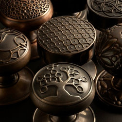 SA Baxter Bespoke Brass and Bronze Door Knobs - SA Baxter offers a host of exquisite unique door knob designs, featuring intricate detail thanks to investment casting fabrication.  To the Trade.