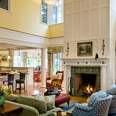 Traditional Living Room by TMS Architects