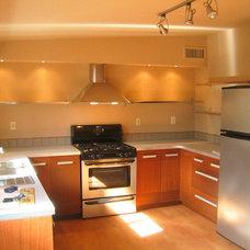 HSTAR6_Ritter-Modern-Kitchen-2_s4x3_lg.jpg