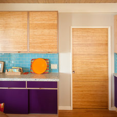 Contemporary  by Green Leaf Cabinets