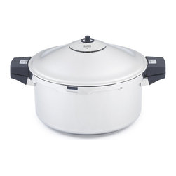 "Kuhn Rikon - Kuhn Rikon 8 Quart Family Style Pressure Cooker Stockpot - This commercial quality Kuhn Rikon 8 quart hotel pressure cooker boasts a large 11"" diameter bottom and an 8 1/2 qt.. capacity."