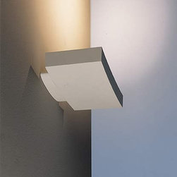 Artemide - Surf 30 wall sconce - The Surf 30 wall sconce from Artemide has been designed by Neil Poulton. This wall mounted luminaire is wonderful for indirect halogen or fluorescent lighting. The surf is composed of die-cast aluminum with a matte white or grey coated finish. Also included is a high effficiency reflector in anodized aluminum with halogen glass protector. The Surf wall sconce is a practical way to achieve elegant illumination for any space. UL listed. Fluorescent version equipped with thermally protected, class P, high power factor 120V electronic ballast.