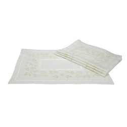 Xia Home Fashions - Flora embroidered Set of 4 Placemat 14In by 20In - Clean and classic, these hemstitch linens feature tone-on-tone embroidered florals an a linen back cloth.