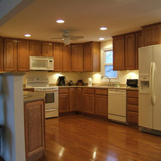 Kitchen by J & J Builders General Contractors, LLC