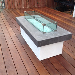 Glass railing interior and exterior - Fir pit glass