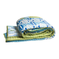 Medallion Collection Blue and Green Coverlet  Queen