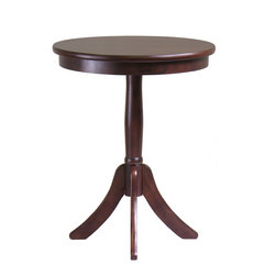 Winsomewood - Belmont End Table with Pedestal Leg - Sophisticated style at its most classic: A round-topped pedestal base end table. Easy elegance and the warmth of wood — perfect for your favorite contemporary setting.