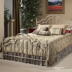 Hillsdale - Mableton Bed Set - Bring traditional charm to any bedroom with the Mableton four-poster bed,featuring a headboard and footboard with matching spoke designs. Crafted of metal finished in beautiful pewter,the set includes assembly hardware and rails.