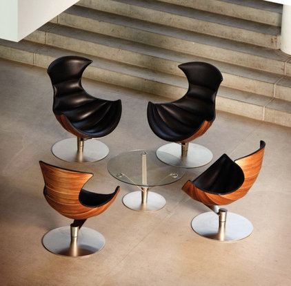 Living Room Chairs by lifestylesfurniture.com