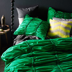 Gathered Emerald Double Bed Quilt Cover