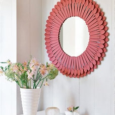 DIY's with Frames, Mirrors and Wall Hangings / Un cadre fait de petites cuillèr