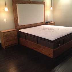 Rustic // Headboard AND Platform Bed // Home // Rusic Decor // Rustic Furniture - All 100% Wood. Hand Made