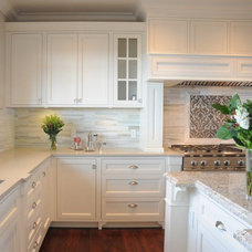 Traditional  Timeless Kitchens Ltd.