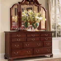 Cherry Grove 11-Drawer Dresser