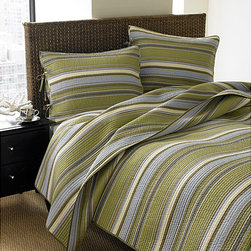 None - Stone Cottage Fresno 3-piece King-size Quilt Set - This king-size quilt set includes a comfortable and long-lasting cotton quilt and two cotton shams, so it will provide you with night after night of restful sleep. Each of its machine-washable pieces features an attractive green striped background.