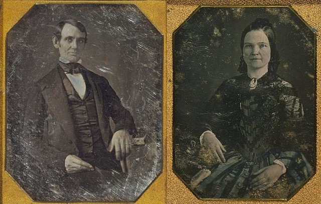 Lincoln's Courting Couch