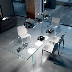 Cattelan Italia Azimut Table - Azimut extendible table with clear or extra clear curved glass legs.