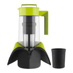 Takeya 2 Qt. Flash Chill Tea Maker Set - Flash chill - hot to cold in 30 seconds.  Make great tasting fresh brewed whole leaf iced tea in minutes and keep it cold longer. The Takeya Flash Chill Tea Makers brew  chill  serve and store whole leaf iced tea in just one pitcher. The premium rotating Tea Infuser expertly brews loose leaf tea or tea bags  providing the tea leaves with ample room to expand and bloom in the hot water. The Thermo Jacket is made with neoprene (like a wetsuit) to insulate the Flash Chill Tea Maker and lock in the cold and absorb condensation  protecting household surfaces. Unlike bottled and canned teas  Takeya��s Flash Chill method is fresh and natural  eco-friendly  and saves you money.  Product Features      2 Qt. Flash Chill Tea Maker makes about 8 glasses of iced tea   Clean & easy  put Takeya pre-measured tea in infuser  brew  chill  & serve   Airtight  twist lid locks in freshness and flavor   Large  removable infuser enhances and extracts full flavor   Stain  cloud  and odor proof   Includes Thermo Jacket that zips around pitcher to lock in the cold   Thermo Jacket absorbs condensation  protecting household surfaces   includes infuser holder   Leak-proof  can store on it's side   Dishwasher safe and shatterproof   Interchangeable accessories available
