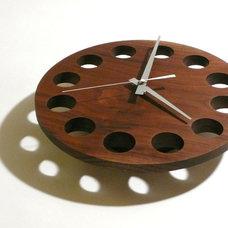 Modern Clocks by wuda
