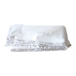 Mulberry West - Mulberry West Silk-Filled Satin-Trim Blanket, Pearl White, King - Mulberry West Grade A mulberry silk-filled satin-trimmed blankets, specially crafted for our linens company based in the Pacific Northwest, are both lightweight and cozy. They look great right on top of your bed - since silk never shifts or bunches up, there is no need for box stitching.