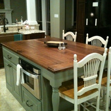 Traditional Kitchen Countertops by Texas Woodworks