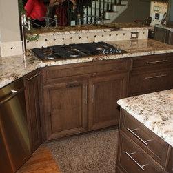 Rocking Kitchen Cabinetry: Find Kitchen Cabinets Online