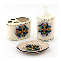 Artistica - Hand Made in Italy - DERUTA VARIO: DERUTA VARIO: bathroom set ''Rosone'' - DERUTA VARIO Collection: Bathroom Accessories Sets - Hand Painted - From Deruta Italy hand painted in the classic Vario Deruta Pattern by Maria Veschini.