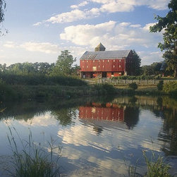 Magic Murals - Old Red Barn and Pond Wallpaper Wall Mural - Self-Adhesive - Multiple Sizes - Ma - Old Red Barn and Pond Wall Mural