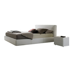 Rossetto - Touch Bedroom Set in White, King - The set includes 1 Bed, 1 Dresser and 2 Nightstands. The bed is completely covered in white Eco-Leather. 4-drawer dresser & 2-drawer nightstands come in high gloss white lacquer finish. Made in Italy.