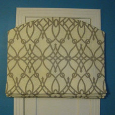 Traditional Roman Blinds by Sew Me Something LLC