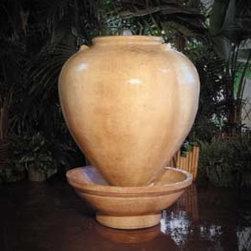 Gist Decor - Small Vase Garden Fountain -