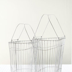 Wire Tote Baskets - Maybe your garden includes some fruit trees. When the fruit comes into bloom use these wire baskets to collect your latest batch of peaches, plums or apricots.