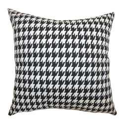 """The Pillow Collection - Ceres Houndstooth Pillow Black White 20"""" x 20"""" - Add this classic black and white houndstooth throw pillow to your home. This accent pillow is the perfect statement piece with its bold and scene stealing houndstooth print pattern. This decor pillow is ideal for those who loves the black and white color combo. This 20"""" pillow complements many decor styles and settings. Hidden zipper closure for easy cover removal.  Knife edge finish on all four sides.  Reversible pillow with the same fabric on the back side.  Spot cleaning suggested."""