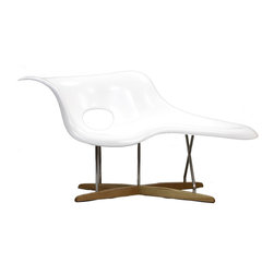 "LexMod - La Chaise in White - La Chaise is suitable for both sitting and lying on. Its organic shape was inspired by ""Floating Figure"", a sculpture by Gaston Lachaise."