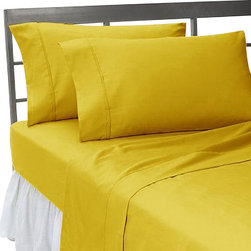 SCALA - 600TC 100% Egyptian Cotton Solid Gold King Size Fitted Sheet - Redefine your everyday elegance with these luxuriously super soft Fitted Sheet. This is 100% Egyptian Cotton Superior quality Fitted Sheet that are truly worthy of a classy and elegant look.