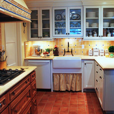 Traditional Kitchen Sunny Vista Lane