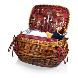Picnic time - Highlander- Willow Red Tartan Dlx Picnic Basket for 4 - The Highlander picnic basket has old world charm and sophistication like no other basket. This chestnut colored willow Bombay-style basket is lined with quilted red tartan cotton and has deluxe service for four. It comes with all the amenities you will need. Experience the wonder of the perfect picnic with the Highlander.