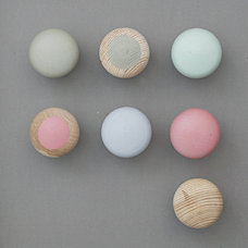 Modern Cabinet And Drawer Knobs by RK Shop
