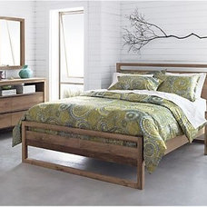 Contemporary Beds Linea king bed