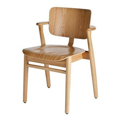 Artek - Artek Domus Oak Chair - It's the little things: Gently curved back, compact armrests and a dipped seat make this modern oak chair a dream come true for your everyday meals in the dining or breakfast room. Or, pair it with a modern desk for a beautiful and practical home office solution.