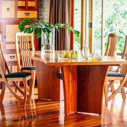 Wave Table with Harp Chairs - Wave Dining Table with Harp Chairs